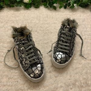 P448 Clara Faux Fur Trim Sip-On Sneaker
